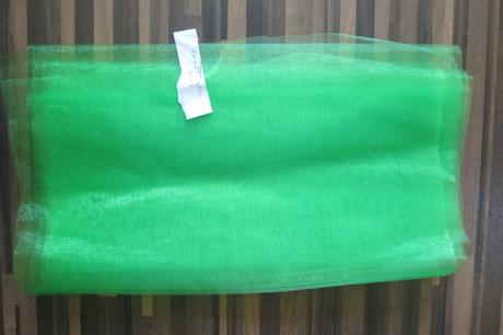 Organza šíře 36-37 cm, délka 290 cm ,