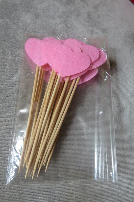 Zápich - světle růžové srdíčko na párátku,