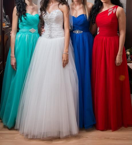 Spoločenské šaty na predaj - skvelá cena, 38