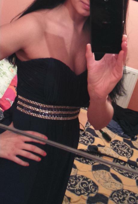 Tmavomodré spoločenské šaty na predaj, 38