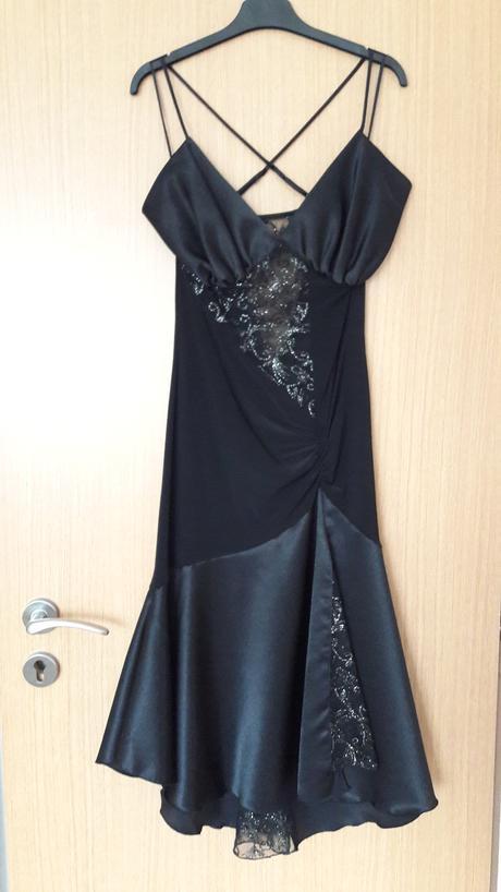 Šaty elastické, 36
