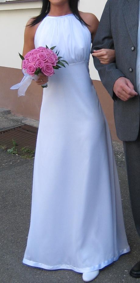 Moderní svatební šaty na drobnou nevěstu, 36
