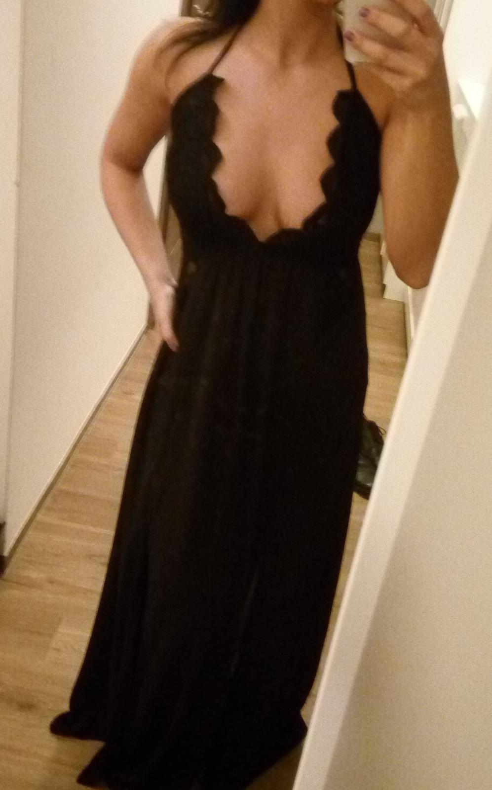 3de306cf709 Sexy krajkové černé dlouhé šaty