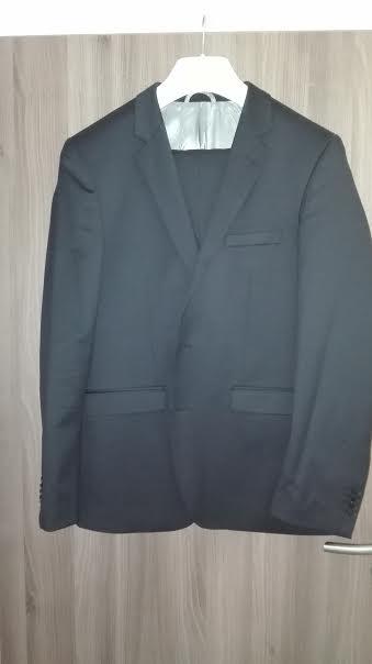 Cierny oblek - oblečený len jedenkrát, 54