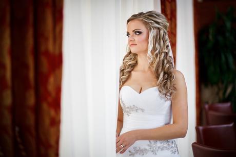 Svadobné šaty Pronovias + závoj, 38