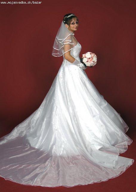 Princeznovske svad.saty, 38