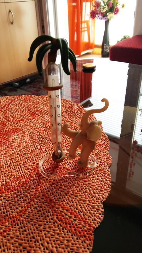 skleneny slonik teplomer,