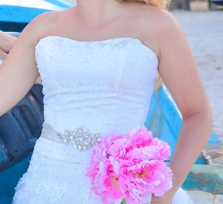 Svadobné čipkované šaty , 38
