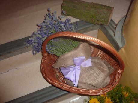 prirodne materialy - ozdoby rucne vyrabane,