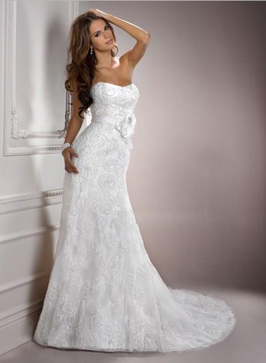 Luxusní svatební šaty od Maggie Sottero, 38