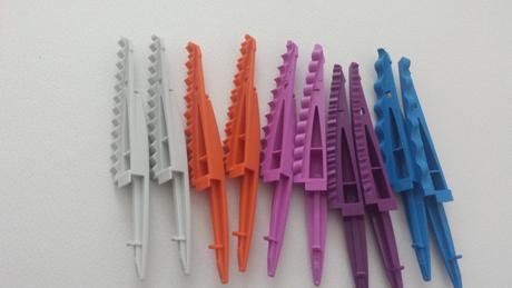 Plastove nuzky s nastavci,