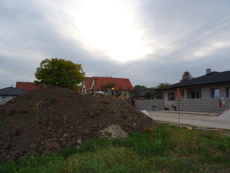 Darujem zeminu za odvoz Trenčín-Bierovce,
