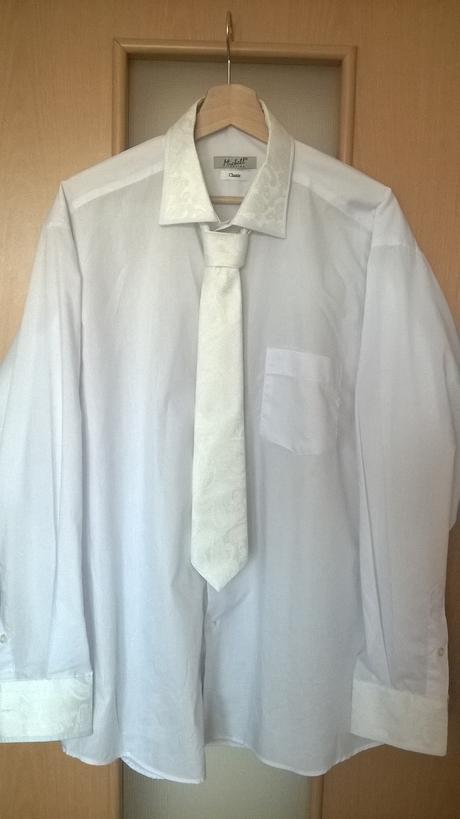 Svadobná košeľa, 44
