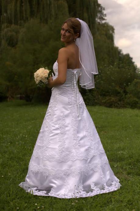 Svadobné šaty 36/38, zadarmo závoj, spodnička, 36