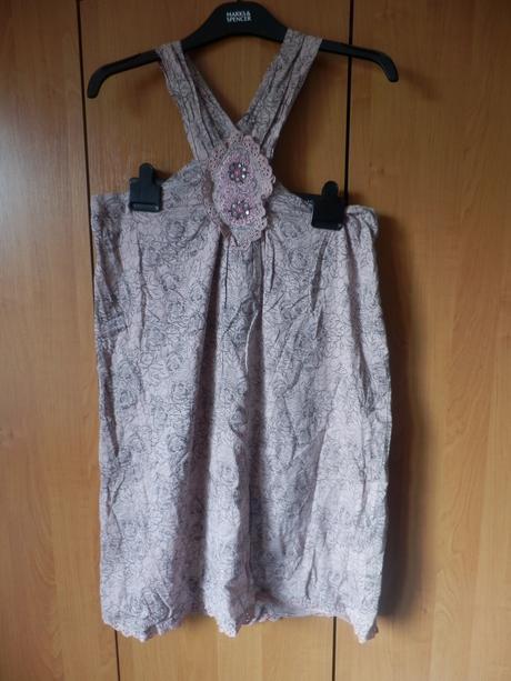 Kvalitní letní šaty, nenošené, s visačkou., 38
