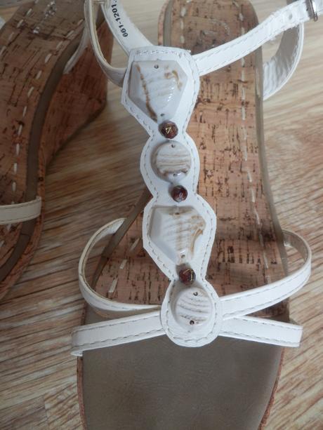 Sandály Baťa na korkovém klínku, 40
