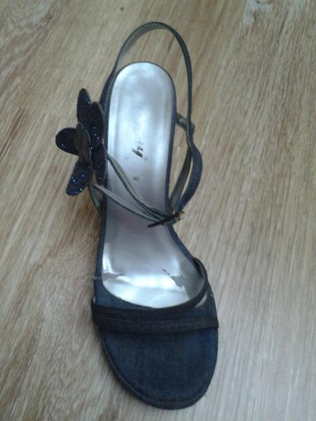 Sandály na vyšším podpatku Bee Fly, 40