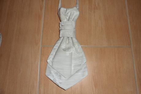 Svadobná vesta + francúzska kravata zdarma, 38