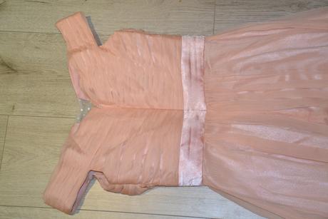 Dlhé lososové šaty, 36