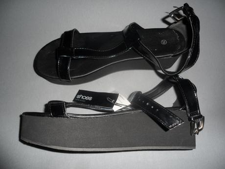 Čierne sandále, 39