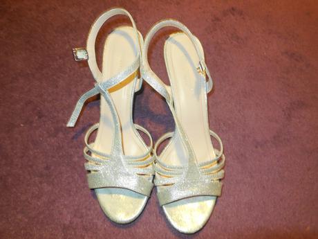 Strieborné sandálky, 40