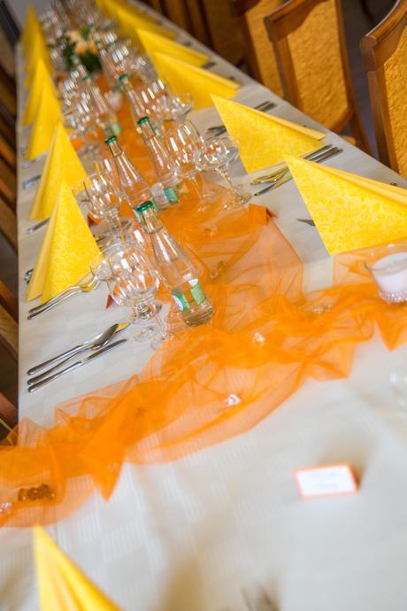Organza v pomarančovaj farbe ,