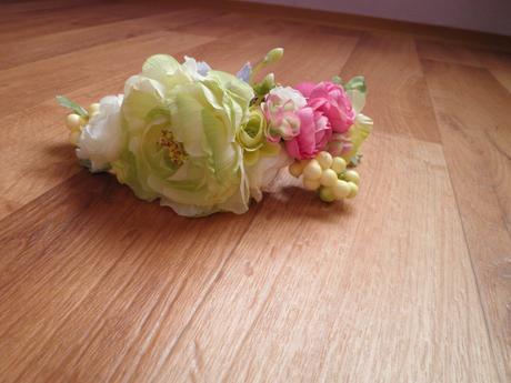 Věneček z květů,