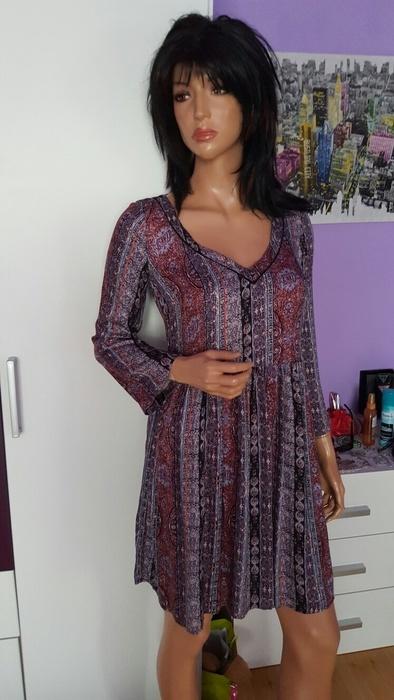 Vzorované šaty zn. Reserved, S