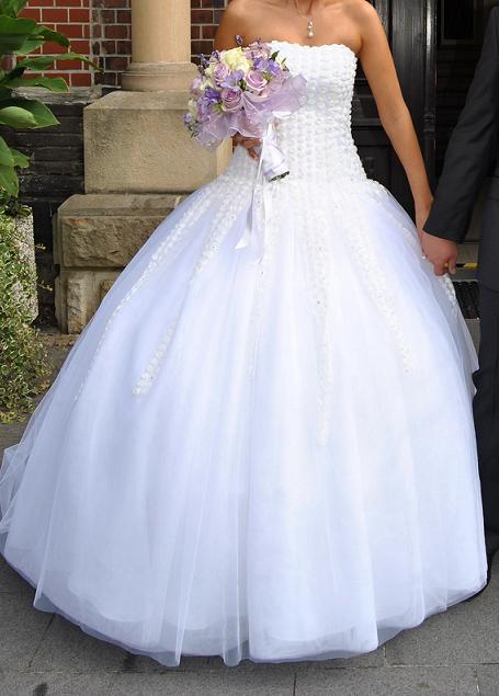 Princeznovske Svatebni Saty Usite Na Miru 38 6 000 Kc Svatebni