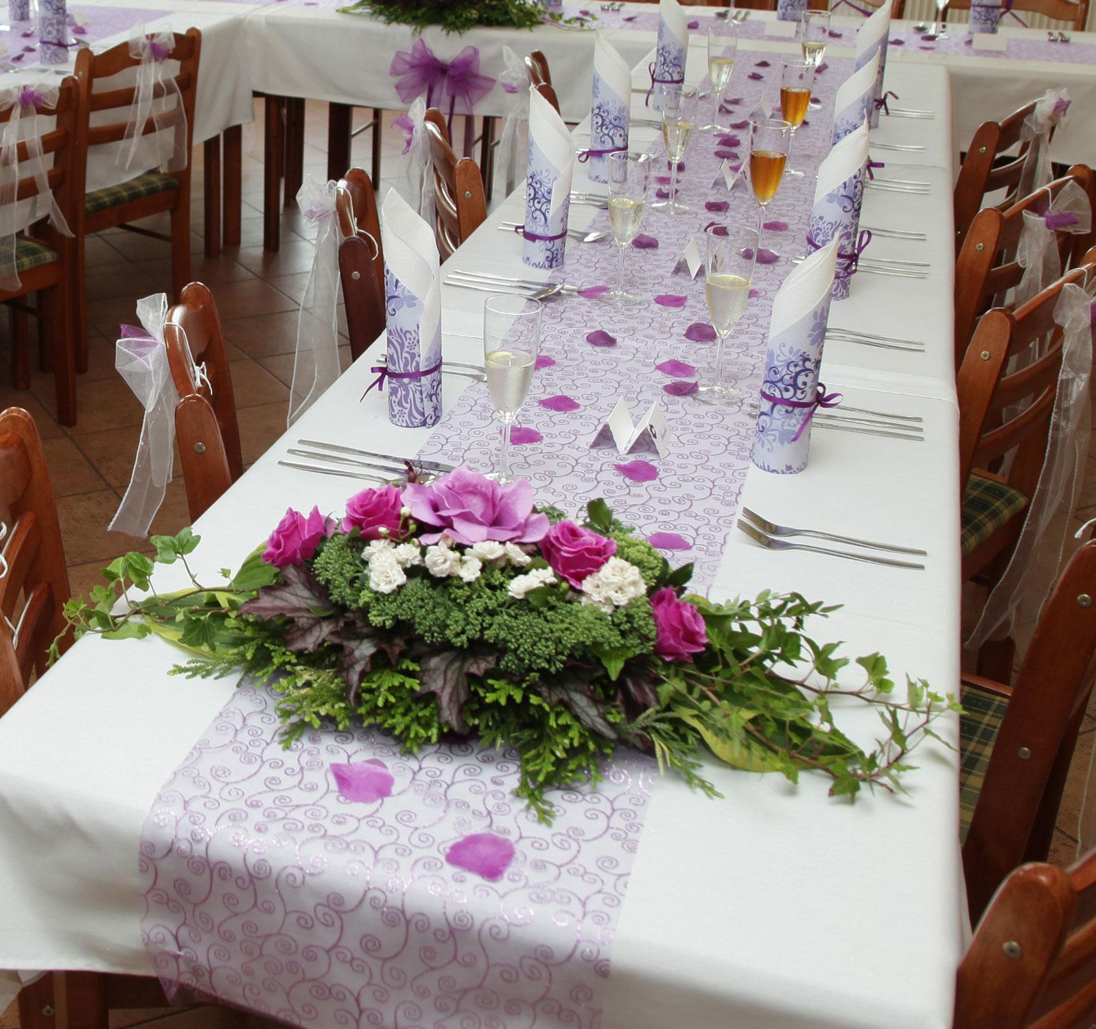 Fialova Svatebni Dekorace 1 200 Kc Svatebni Bazar Beremese Cz