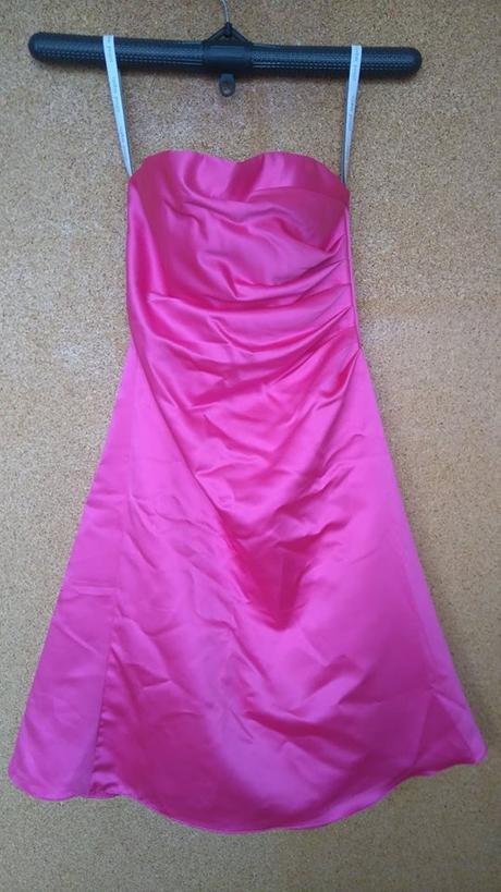 nenošené šaty bez ramínek barva fuchsiová, 36