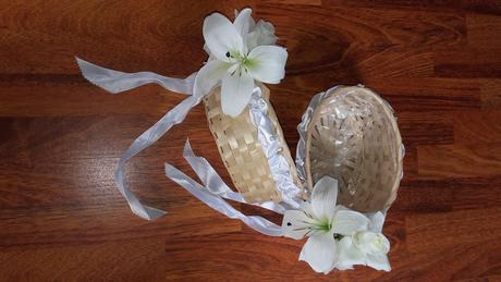 košíčky na květy pro družičky,