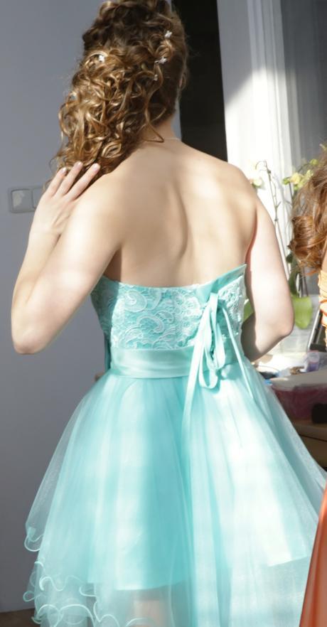 Tyrkysové šaty, S