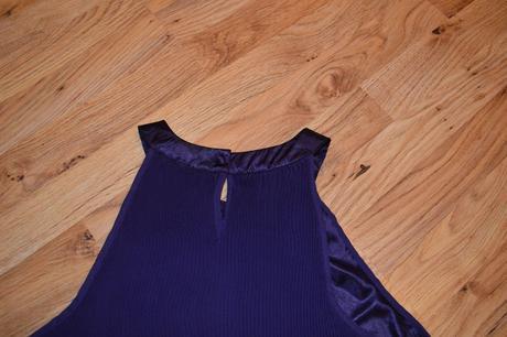 Nepouzite plisovane spolocenske šaty, 38