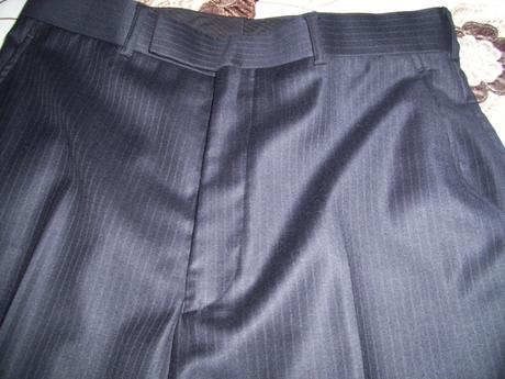 nepoužity pansky oblek , značka Ben Sherman, , 38