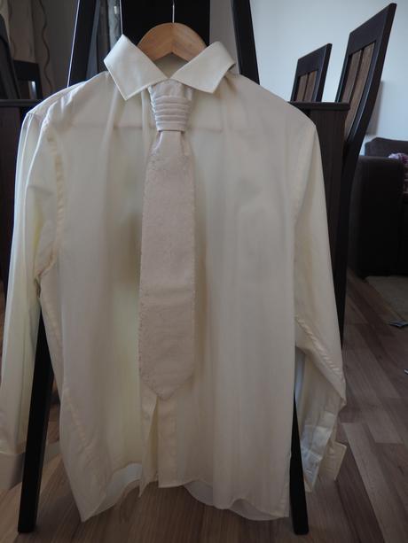 Svatební košile Bandi, 44