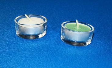 kalíšky s čajovou svíčkou - místo zelené bude oranžová, až je koupím :-)