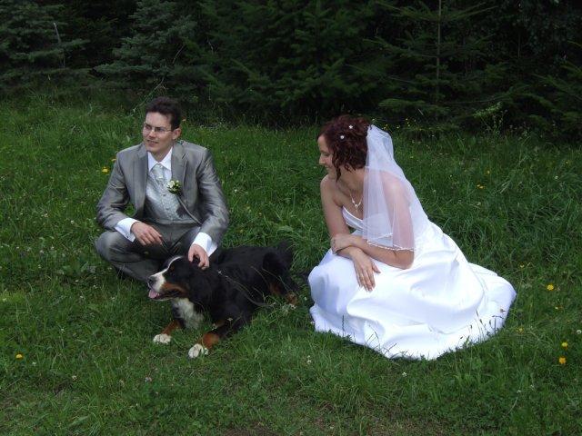 Jani{{_AND_}}Míra - před odjezdem na obřad s naší psí holkou