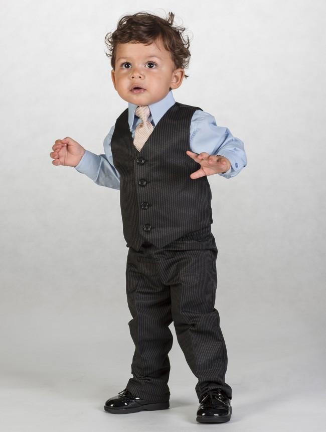 Černý oblek s proužkem, 12-18m - půjčovné - Obrázek č. 3
