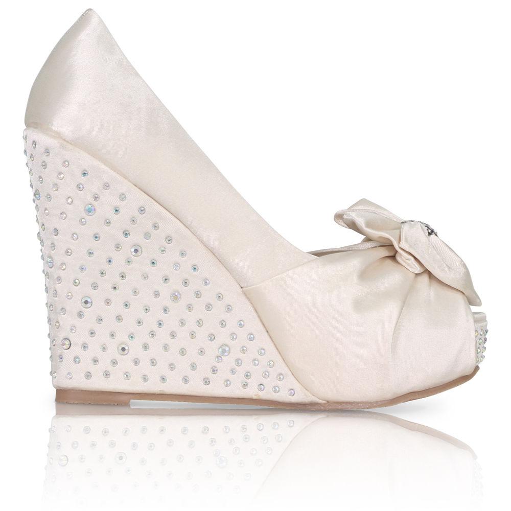 Stříbrné saténové boty, vysoký klínek, 36-41 - Obrázek č. 2