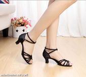 Skladem - dámské černé taneční sandálky, 37