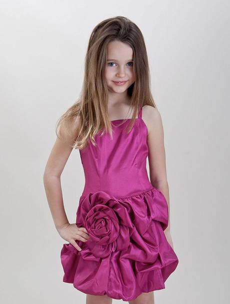 Růžové šaty k prodeji, 6-14 let - Obrázek č. 1