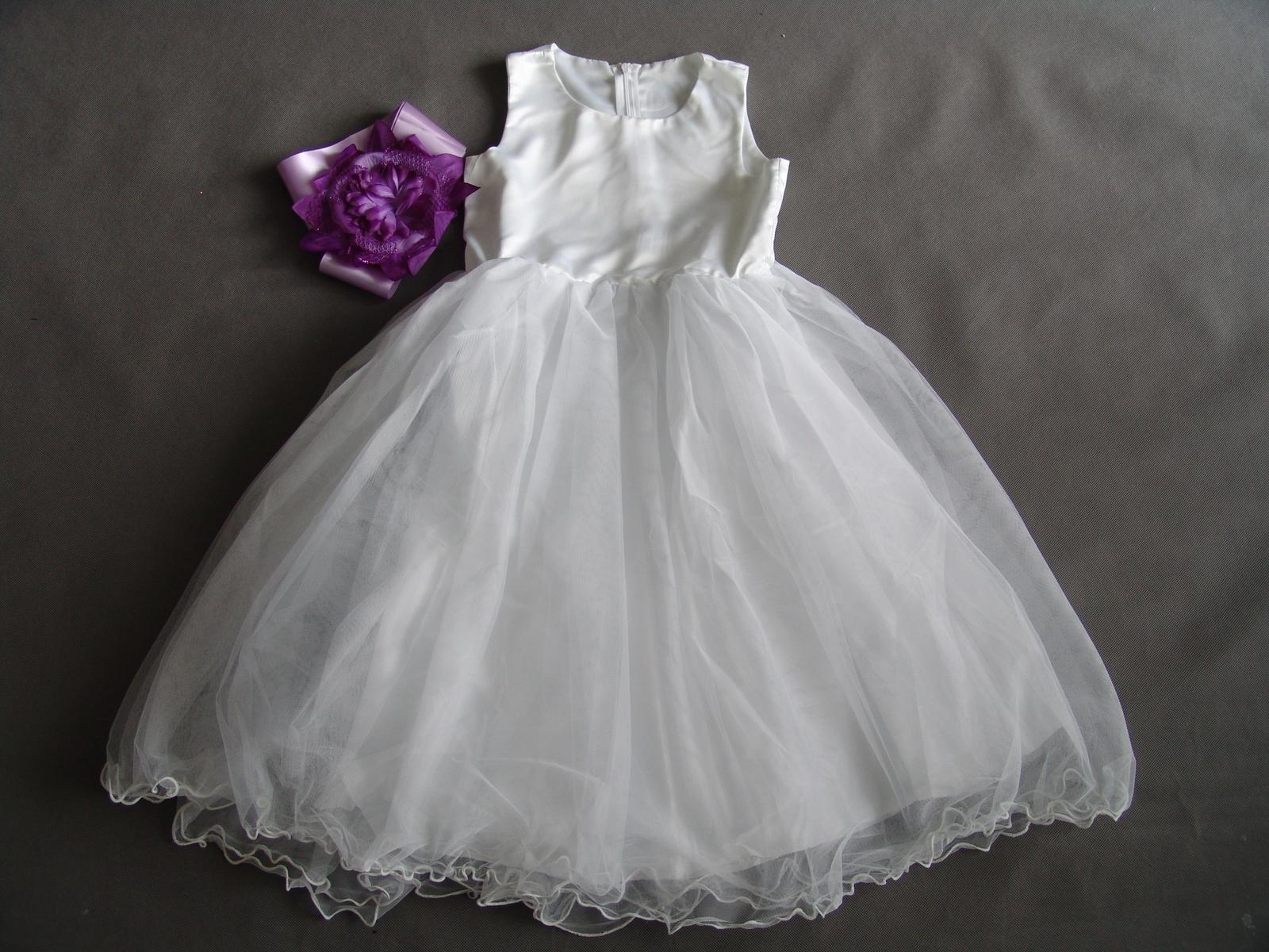 Bílé šaty pro družičku - Obrázek č. 1