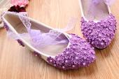 Bílé balerínky, fialové zdobení, různý podpatek, 35