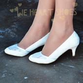 Bílé krajkové svatební lodičky, nízký podpatek, 36