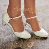 Ivory krajkové svatební lodičky, nízký podpatek, 41