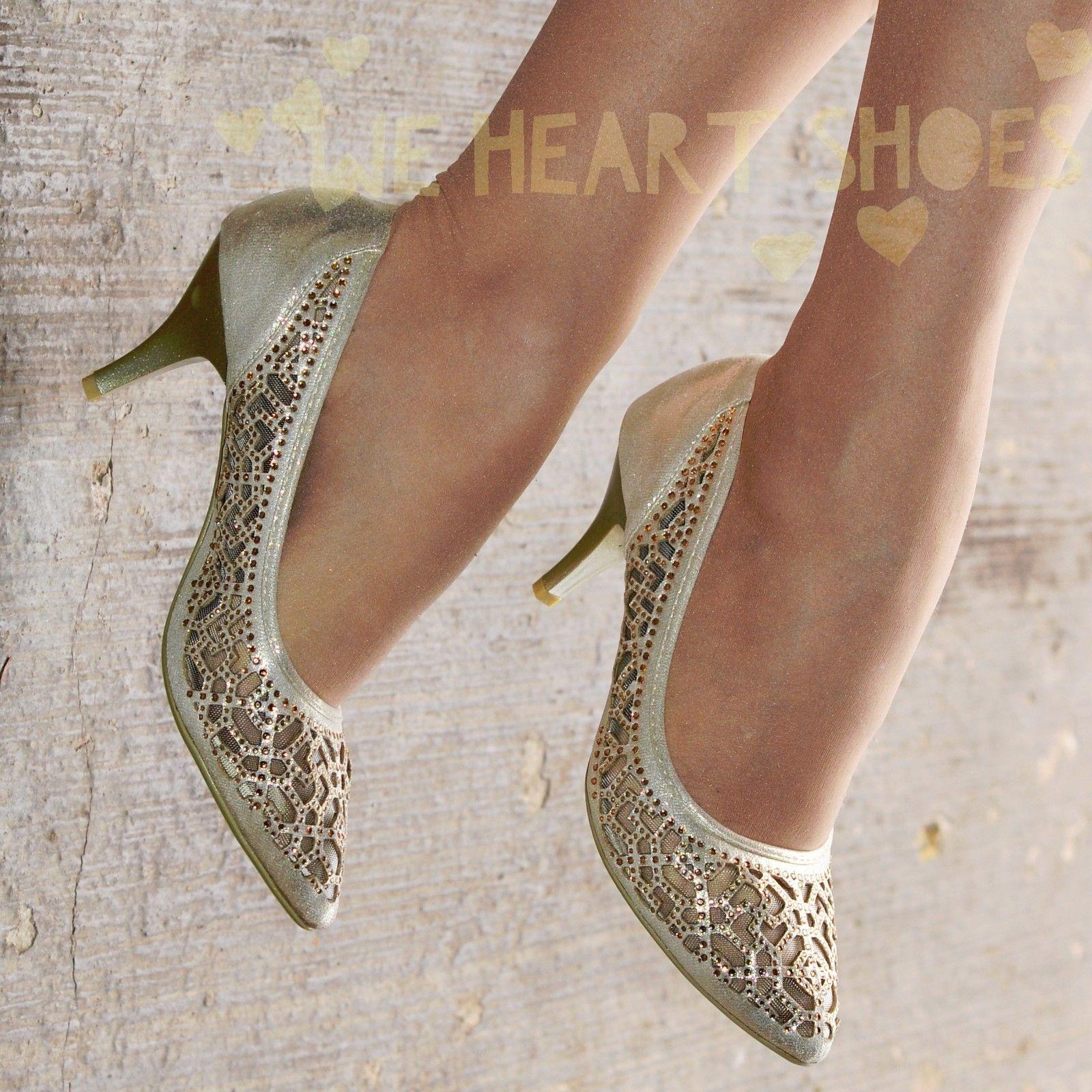 Stříbrné plesové střevíčky, sandálky - Obrázek č. 2