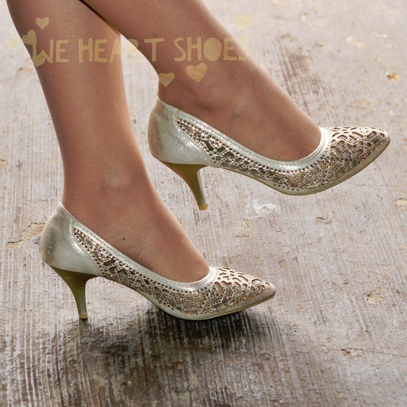 Stříbrné plesové střevíčky, sandálky - Obrázek č. 4