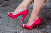 Červené saténové svatební lodičky, vysoký podpatek, 37