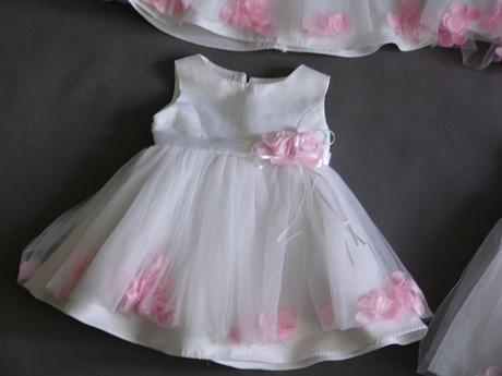 SKLADEM - šaty k zapůjčení, 3-24 měsíců - Obrázek č. 3